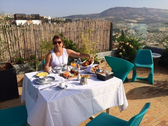 Riad Braya : Breakfast on the terrace