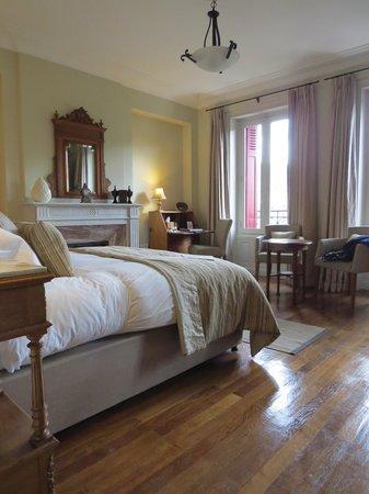La Villa De Mazamet: bedroom deluxe suite