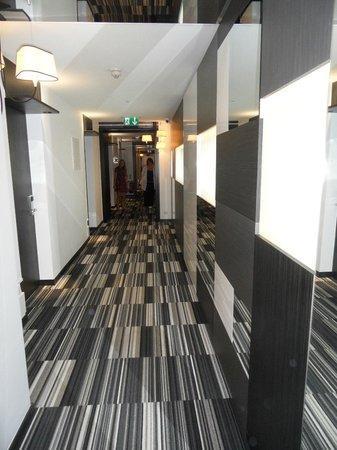 Hotel Valentina: Corridor