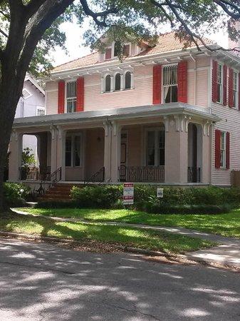 Villa Picture Of Garden District New Orleans Tripadvisor