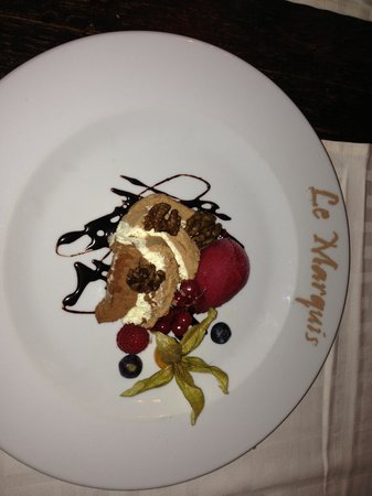 Le Marquis Restaurant: Triple chocolate moose