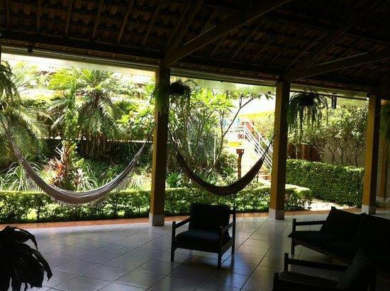 Hotel Natural: Área de descanso ao lado da recepção