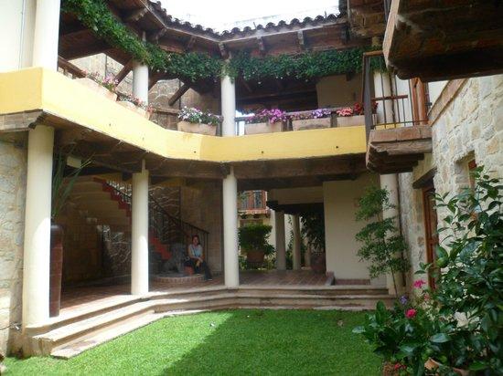 Hotel San Marcos: jardin interior