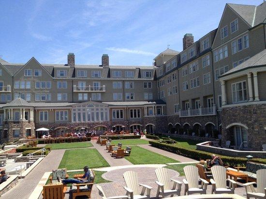 The Ritz-Carlton, Half Moon Bay : Hotel grounds