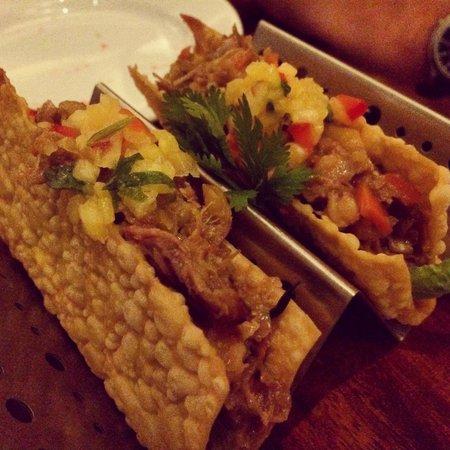 Josselin's Tapas Bar & Grill: Kekaha shrimp & duck confit taco with pineapple salsa