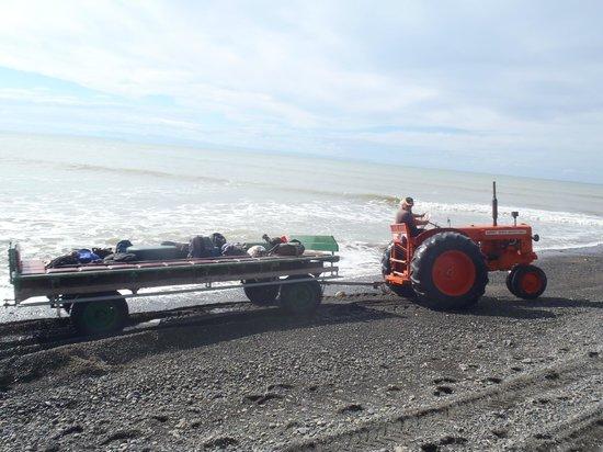 Gannet Beach Adventures: Tractor and trailer