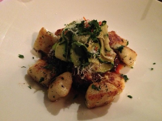 Fraser Cafe: Duck Meatballs & Potato Gnocchi – fresh tomatoes/chilies/parmesan/zucchini