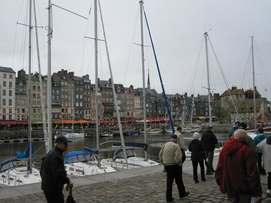 Le Vieux Bassin : Honfleur Harbor - My 82 yrd old father in the foreground