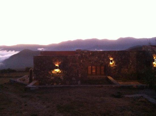 Casa Colorada - Hotel de Montana: Dusk