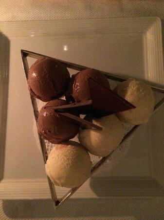 Aureole: Customized ice cream dessert