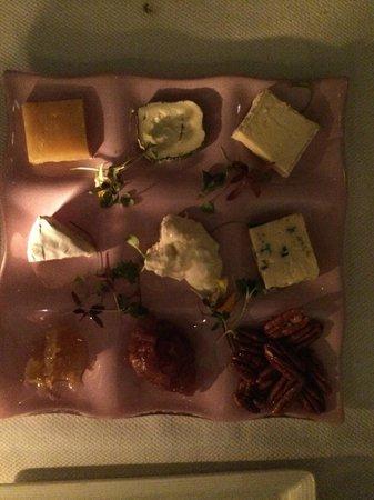 Aureole: Cheese plateau