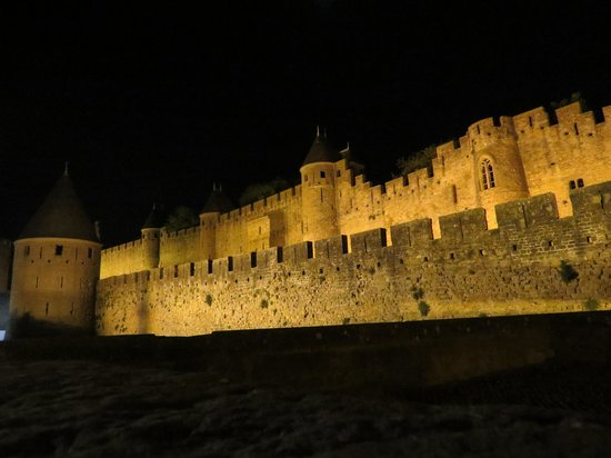 Hotel de la Cite Carcassonne - MGallery Collection : Carcassonne at night
