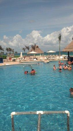 Hard Rock Hotel Riviera Maya: paradise