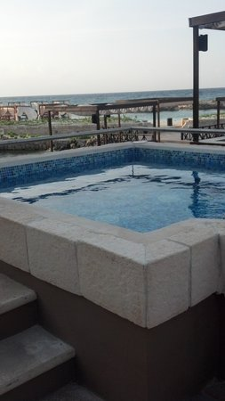 Hard Rock Hotel Riviera Maya: outside jacquizi, in addition to your in room jacquzzi