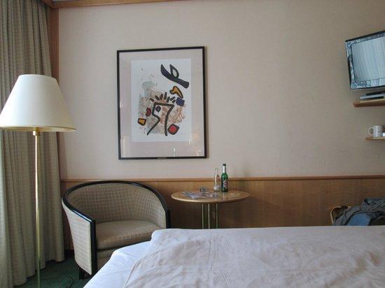 Derag Livinghotel Grosser Kurfürst : room 512 view from bed