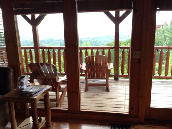 Starr Crest Resort: View out window at A Bears View