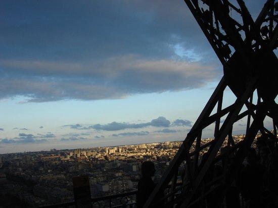 Tour Eiffel : Fim de tarde na torre