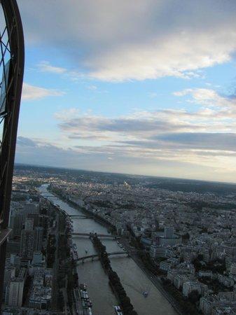 Tour Eiffel : Rio Sena e a Île aux Cygnes