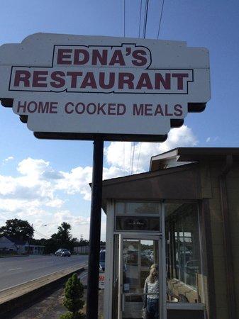Edna's Restaurant: Sign