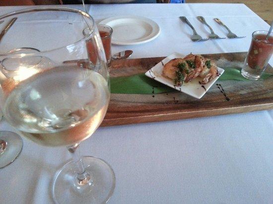 Heirloom Cafe Bistro: Gaspacho et crevettes
