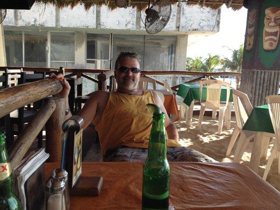 Tiki Tok Restaurant Bar: Beach Bum