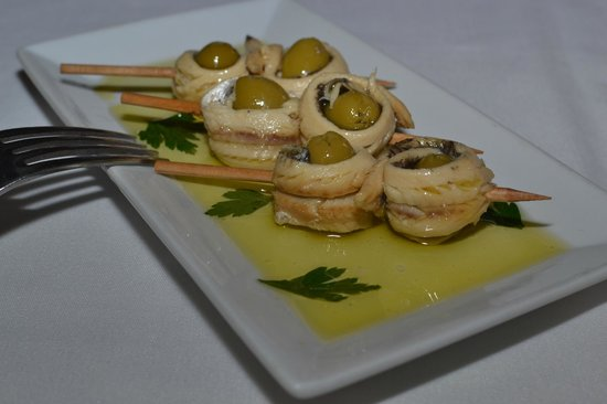 Barcelona Wine Bar Waypointe: Anchovy wrapped olives