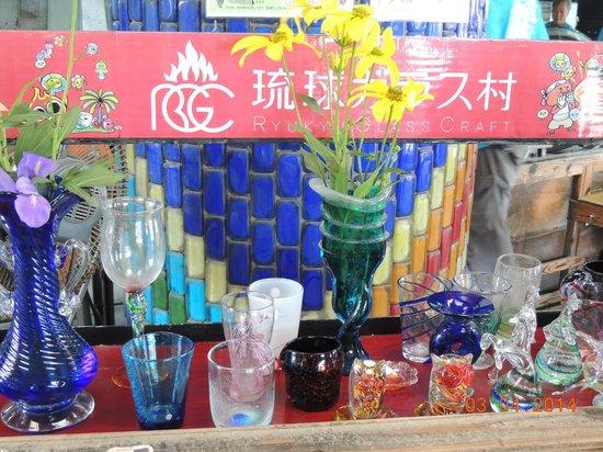 Ryukyu Glass Village (Craft): Copos e vasos em vidro