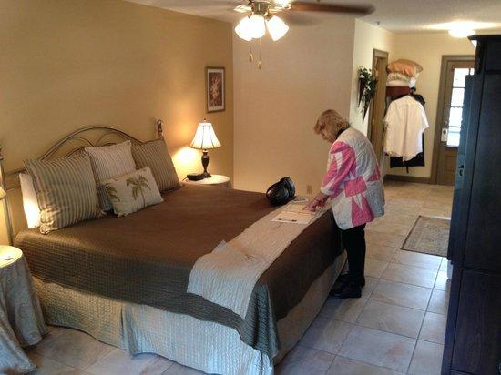 St. George Inn: Room