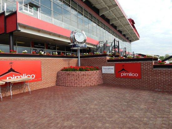 Pimlico Race Course: winner's circle
