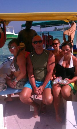 West Bay Beach: yardman snorkeling tours