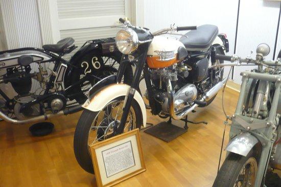 Solvang Vintage Motorcycle Museum : 1959 Triumph Bonneville