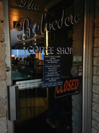 Belvedere Coffee Shop: Front Door
