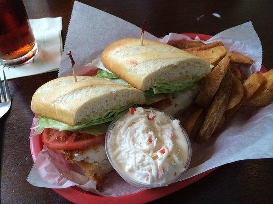 Palm Valley Fish Camp: Fish Sandwich