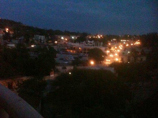 Hotel El Encanto: Vista de Bernal desde la terraza superior