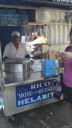 Paseo Ahumada: Mote con Huesillo, chá gelado delicioso!