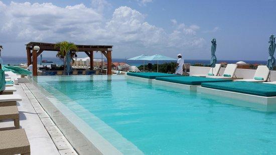 The Palm at Playa: Piscina