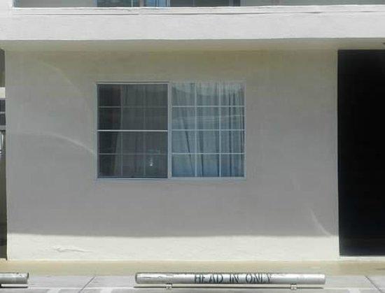 LAX Suites : Room 105