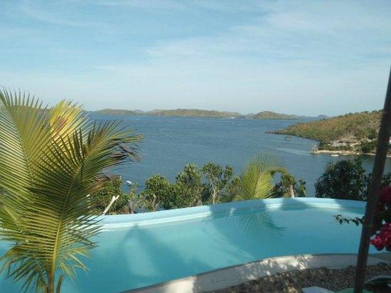 AL FARO Cosmio Hotel Palawan: pool