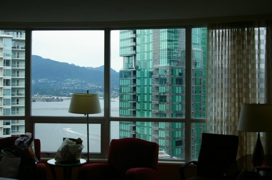 Vancouver Marriott Pinnacle Downtown Hotel: View from the Room