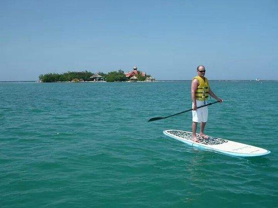 Sandals Royal Caribbean Resort and Private Island : paddleboarding! so fun