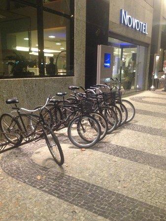 Novotel RJ Santos Dumont: Bikes para uso dos Hospedes