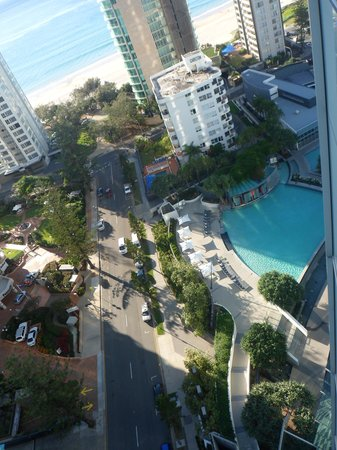 Q1 Resort and Spa: Looking down at the pool from our room