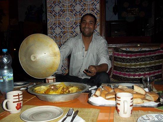 Hostel Riad Marrakech Rouge : Le Tajine d'Abdoul