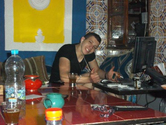 Hostel Riad Marrakech Rouge : Abdel le timide