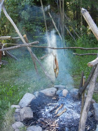 Grand Portage National Monument : Smoking fish