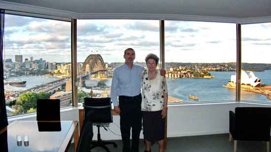 Quay West Suites Sydney: before the opera