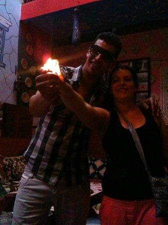 Hostel Riad Marrakech Rouge : Hamoda et Nina