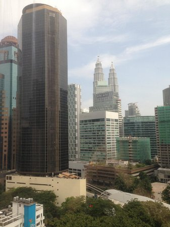 Hotel Istana: Daytime of Twin Towers