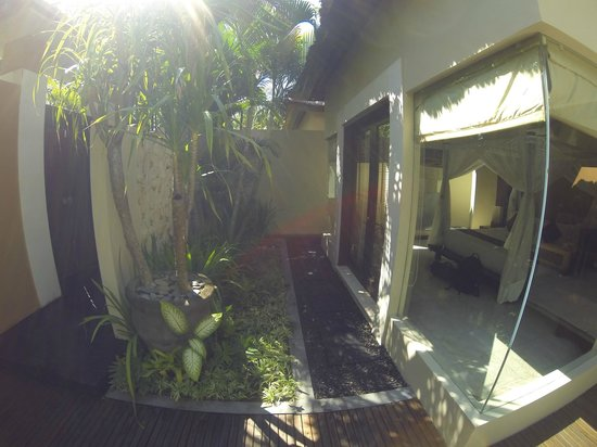 Bhavana Private Villas: Bedroom