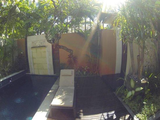 Bhavana Private Villas: Entrance